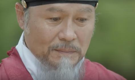 チョン・ホジン/キム・ホン役
