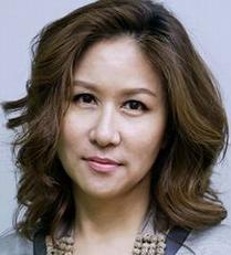 ユン・イェヒ/チョン・ミファ役