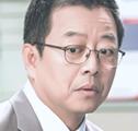 イ・ギヨン/パク・デヨン役