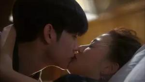 チョン・ジヒョン / チョン・ソンイ役
