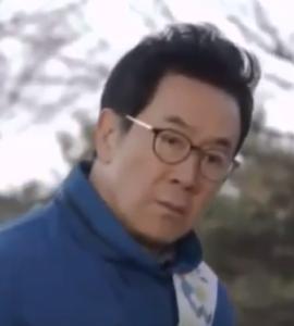 ハン・ジニ/イ・ジョンシク役