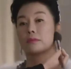 キム・チョン/ソン・ジスク役