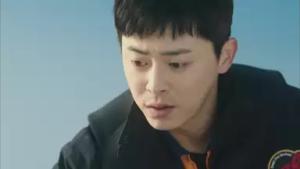 イ・ジフン/ホ・チヒョン役