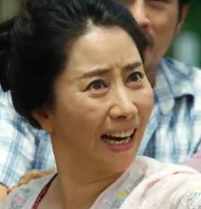 ソン・オクスク/ミヨンの母親役