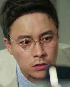 チェ・デチョル/タク室長役