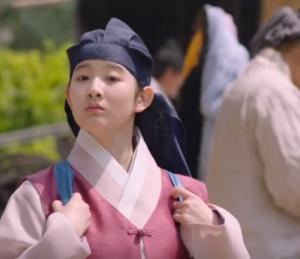 パク・シウン/シン・チェギョン少女期役
