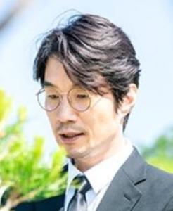 ソン・ヨンギュ/ミン・サンホ役