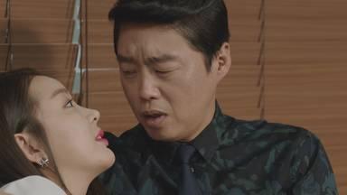 キム・ヒウォン/チェ・ユンギ役