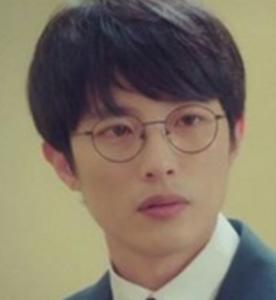 イム・ジギュ/パク・ヒョンソク役