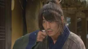 ユン・テヨン/クチョン役