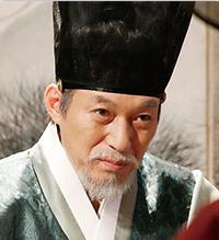 キム・ガプス/イ・ジョンム役