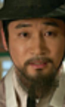チョン・ノミン/チョン・ドグァン役