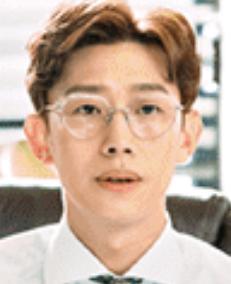 カン・ギヨン/パク・ユシク役