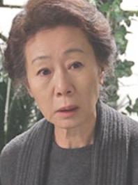 ユン・ヨジョン/パン・ヨンソン(大妃)役