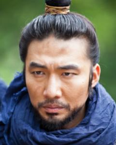 ペク・グァンドゥ/ペク・チュンソク役