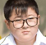 チョウ・ボージェン/幼いころのハオユー役