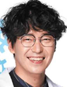オム・ギジュン/ホン・ベッキュン役