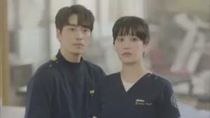イ・ジュニョク/イェ・ジェウク役