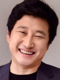 パク・ジヌ/シム・グァンギュ役