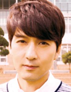 イ・ピルモ/キム・ジュンソク役
