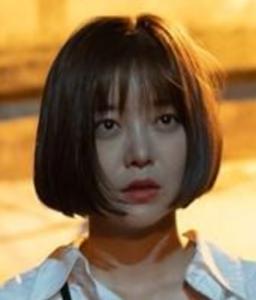 キム・ガウン/イ・ヨンソ役