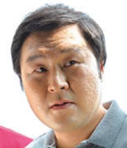 ユン・ギョンホ/ピョン刑事役