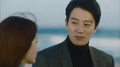 キム・レウォン/パク・ジョンファン役