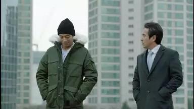 チョ・ジェヒョン/イ・テジュン役