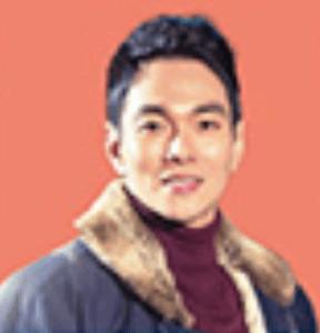 イ・ギュハン/ウ記者役