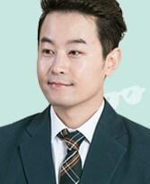 パク・ジヌン/チャン・ウジン役