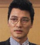 チョン・ウィガプ/イ・ヨングク役