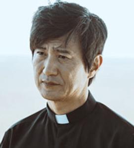 アン・ネサン/ヤン神父役