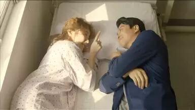 イ・ドンゴン/キム・シン役