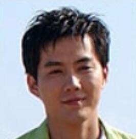 リュ・ジン/パク・チョンジェ役
