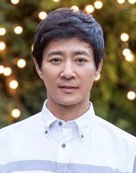 チェ・スジョン/カン・スイル(キム・ヨンフン)役