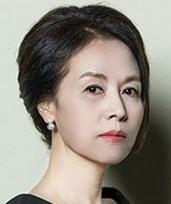 イ・ドッキ/チャン・ジョンヒ役
