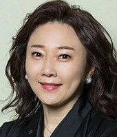 キム・ナウン/チャン・スッキ役