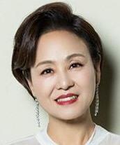 イ・サンスク/イム・ミラン役