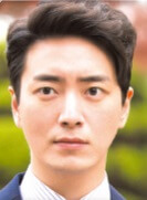 イ・ジェニョク/チ・ヨンフン役