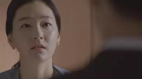 パク・ジニ/ナ・ウンソン役