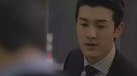 イ・ギウ/シン・ヨンジン役