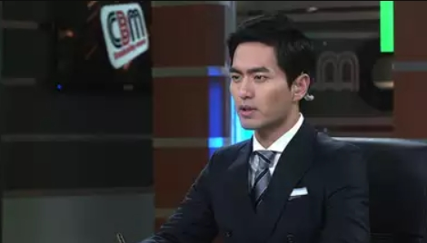 イ・ジヌク/パク・ソヌ役