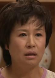 パク・ウォンスク/ウンチャンの母役