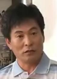 イ・ハヌィ/ク氏役