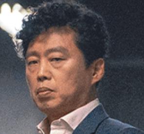 キム・ヒウォン/キム・ヒウォン役