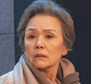チョン・ヨンスク/シャネルおばあさん(チェ・ファヨン)役