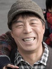 アン・ギルガン/キム・ホギ役