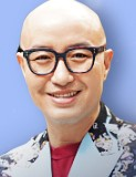 ホン・ソクチョン/キム・ドンミン役